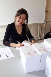 """Christine Moussot, auteure de """"Femmes faites-vous entendre. S'affirmer par le travail de la voix"""" en service de presse chez Odile Jacob en mai 2017"""