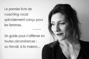 """portrait Christine Moussot par Odile Jacob lors de la sortie du livre """"Femmes faites-vous entendre. S'affirmer par le travail de la voix"""". 1ère méthode de coaching vocal pour aider les femmes à s'affirmer et à prendre leur place"""