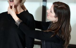 Christine Moussot, coaching vocal lors d'une formation affirmation de soi pour les femmes, EDHEC - Expressions, organisme de formation professionnelle spécialisé sur la voix et la communication non verbale